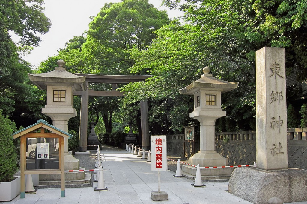 Togo-Shrine-Harajuku-01
